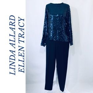 GORGEOUS LINDA ALLARD FOR  ELLEN TRACY SEQUINS TOP